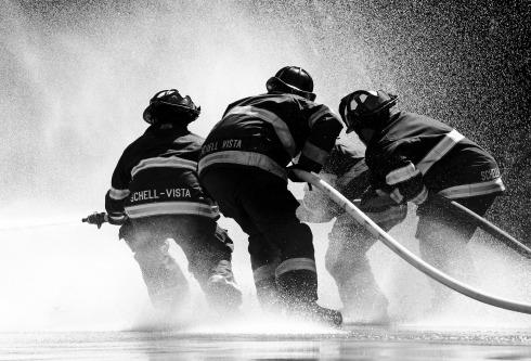 firefighter-1851945_1920